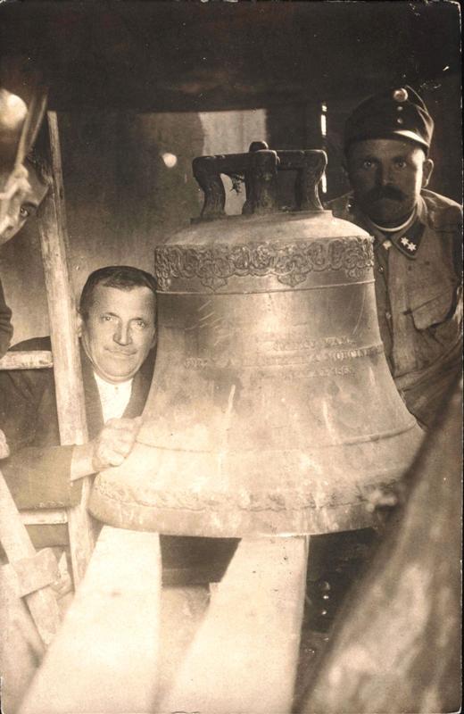 1914-demontaa-dzwonu-ufund-przez-rodz-morcinkaw-dla-ew-kos-w-skoczowie