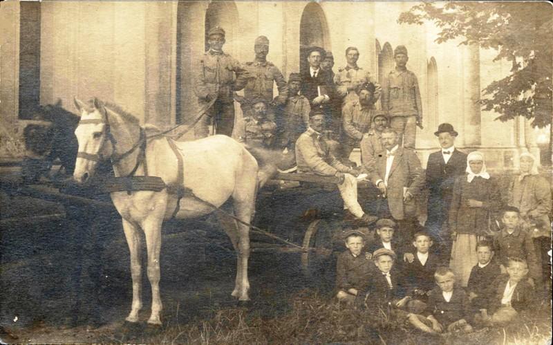 kopia-1914r-wywaz-dzwonu-przez-woj-austr-i-woj-swiat