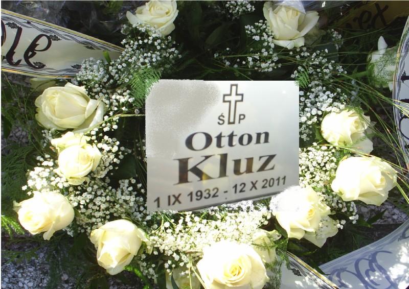 p-otton-kluz
