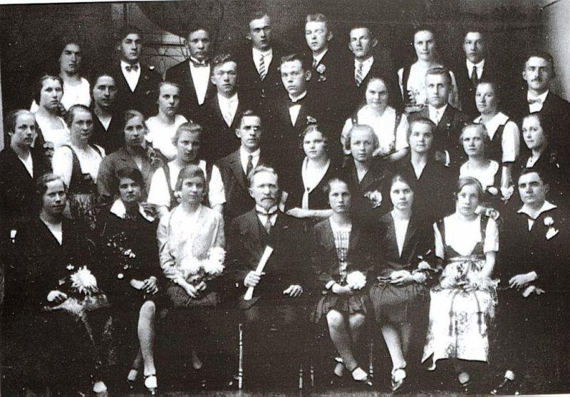 1928-r-skoczowski-chor-z-dyrygentem-janem-cieslarem