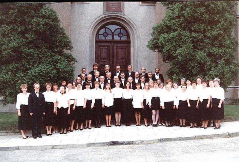 1992-chor-mieszany-skoczaw-zdj-z-1992-r